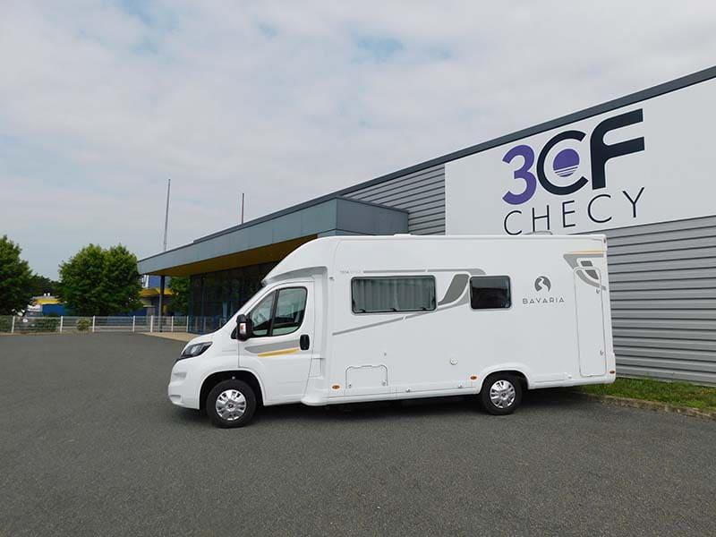 Bavaria-STYLE-T696-D-3CF-Camping-Car